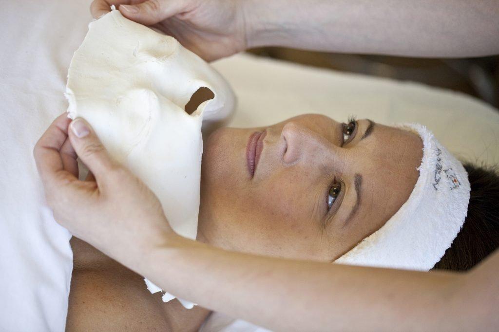 Hydraboost facial treatmentjpg 1024x682 - Facials